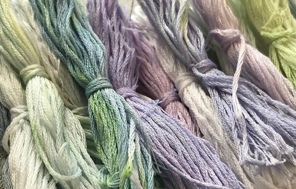 Crythebird(Levacy)-CabbageDye-Threads